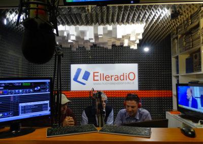 ElleRadio - FM 88.100